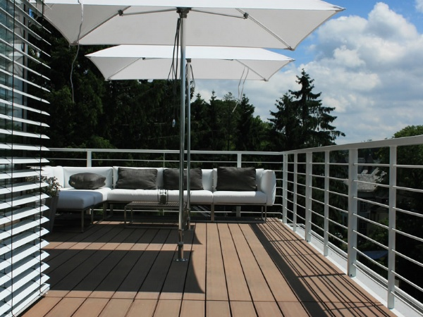 DECKING IN GERMANY (1)